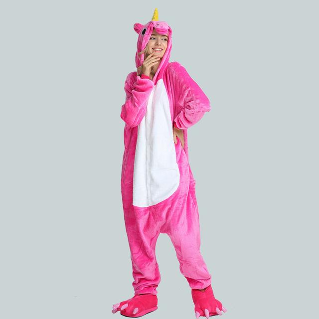 G nial un pyjama licorne rose pour une soir e color e - Barbie et la licorne ...
