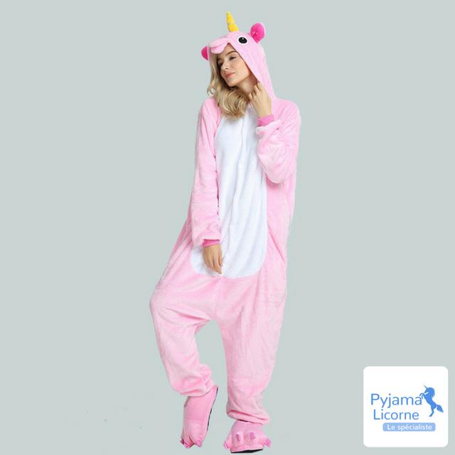g nial un pyjama licorne rose pour une soir e color e. Black Bedroom Furniture Sets. Home Design Ideas